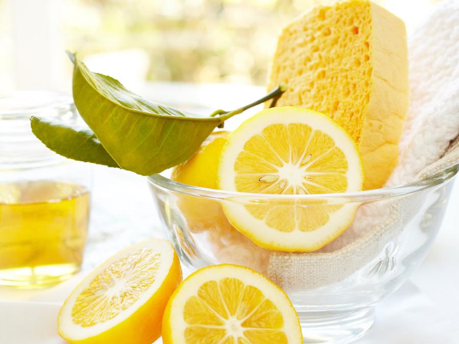 Cleaning lemon